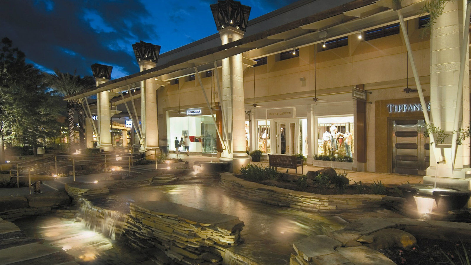 San Antonio Shopping - The Shops at La Cantera